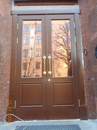 Деревянные входные двери из массива дуба на заказ Двери